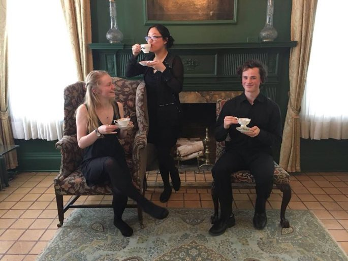 Members of the Badass Chamber Collective, Hailey Philipps, Anja-Xiaoxing Cui and Jethro Moneo enjoy tea after an INSIDE AGNES session.